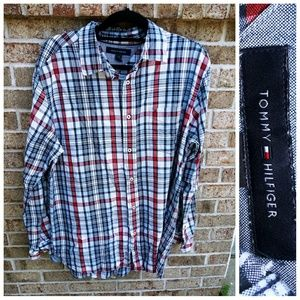 Tommy Hilfiger large button front mens